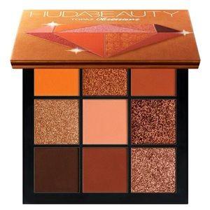 NIB HUDA BEAUTY Obsessions Eyeshadow Palette